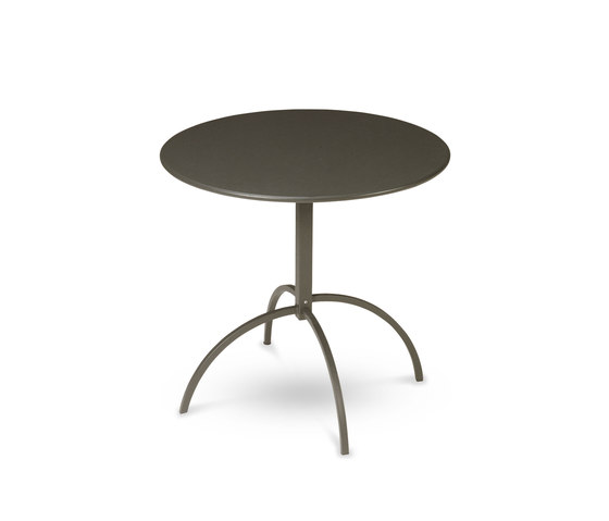 Segno | 853 by EMU Group | Restaurant tables
