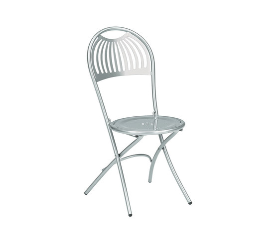Coupole | 360 by EMU Group | Restaurant chairs