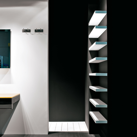 Materia Collection by antoniolupi | Bath shelving