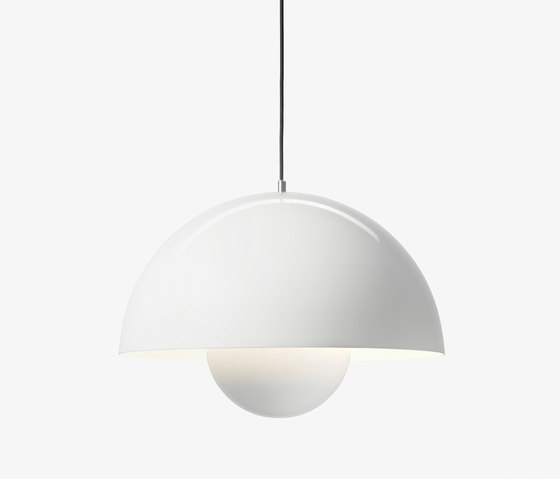 FlowerPot Big Pendant VP2 white by &TRADITION | General lighting