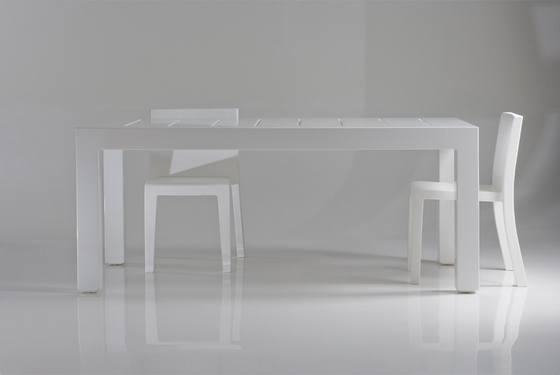Jut table 180 by Vondom | Dining tables