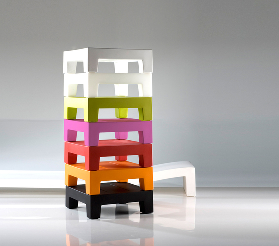 Jut table 60 by Vondom | Coffee tables