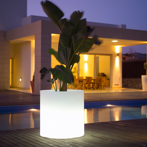Llum Cilindro by Vondom | Plant pots