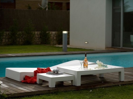 Jut table 120 by Vondom | Coffee tables