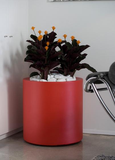 Aigua Cilindro by Vondom | Flowerpots / Planters
