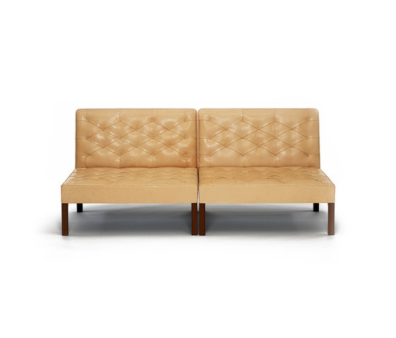 Addition Sofa 4865 by Carl Hansen & Søn | Lounge sofas