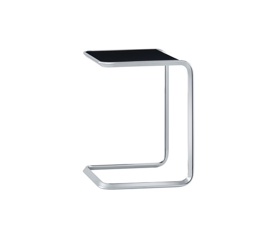 K3A Oblique-nesting table by TECTA   Side tables