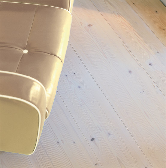 FIR wide-plank brushed | lye treatment | white oil by mafi | Wood flooring