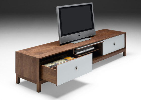 AK 1625 TV Unit di Naver | Credenze multimediali