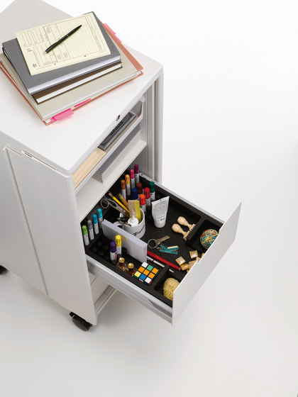 Caddy Standard by Vitra | Cabinets