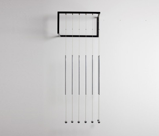 adeco wiredress wall coat hanger di adeco | Guardaroba a muro