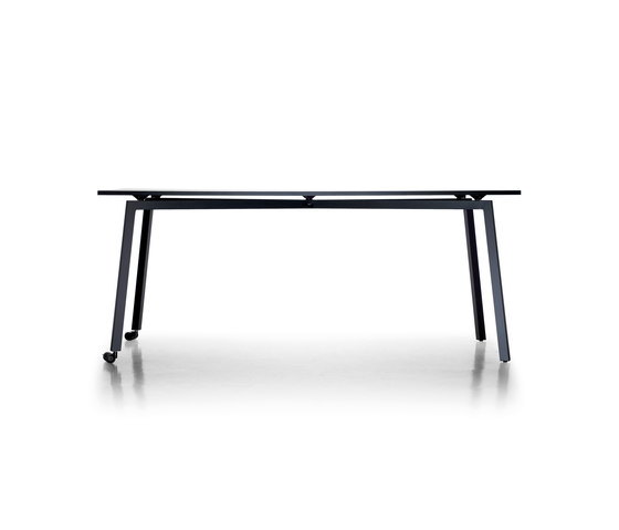 Fast by Sellex | Seminar tables