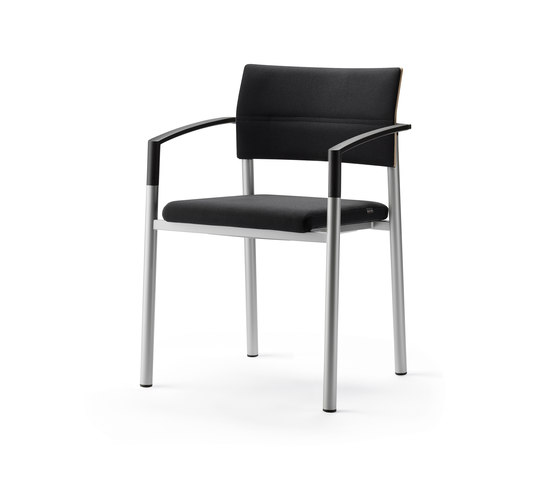 aluform_3 stacking chair with beech arms by Wiesner-Hager | Visitors chairs / Side chairs