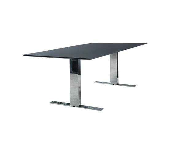 Exec-V table by Walter Knoll | Contract tables
