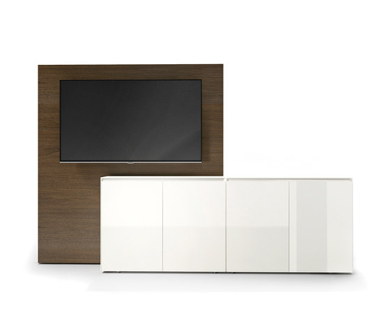 Tune media sideboard by RENZ | AV cabinets