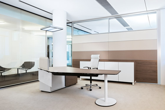 T-Front   Office by Bene   Individual desks
