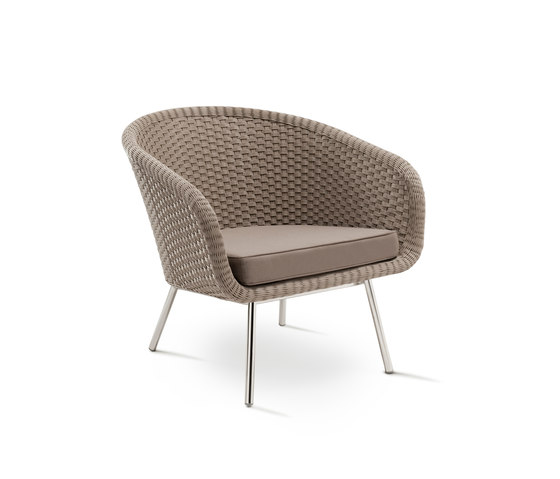 Shell Easy Chair di FueraDentro | Poltrone da giardino
