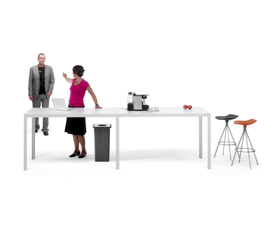 Pey high size Table by Mobles 114 | Bar tables