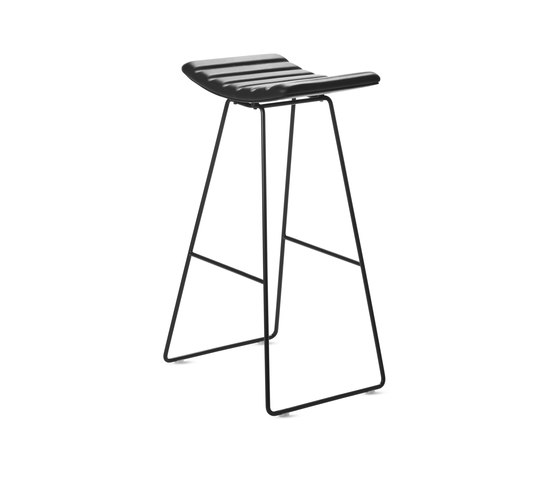 A3 Stool by GUBI | Bar stools