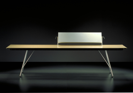 Unistandardtisch by Atelier Alinea | Individual desks