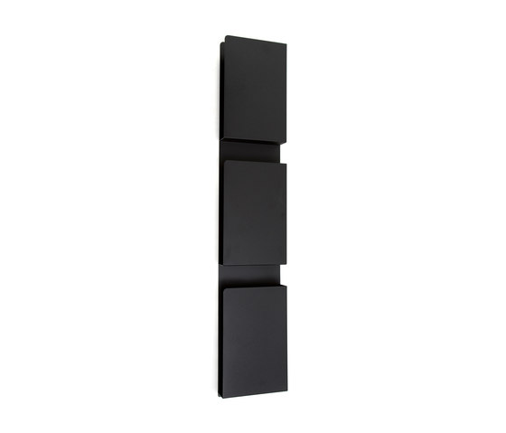 Wall Case by Inno | Brochure / Magazine display stands