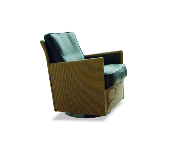 Loge Twist Swivel Armchair de Accente | Fauteuils d'attente