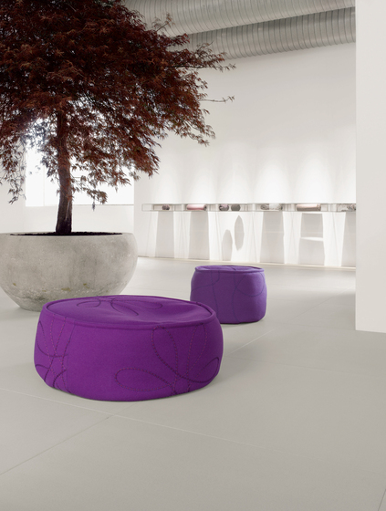 Float by Paola Lenti | Garden stools