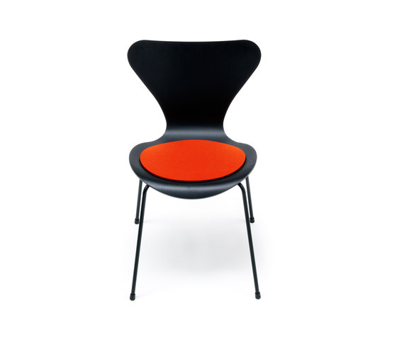 Seat cushion Jacobsen Series 7 by HEY-SIGN | Seat cushions