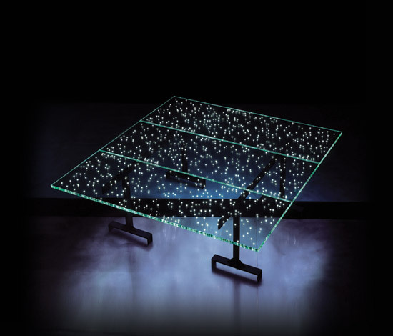 LED table [Limited production] di Ingo Maurer | Oggetti luminosi