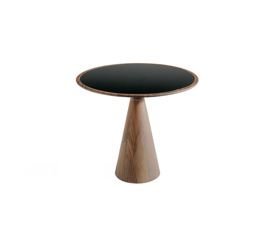 Figura | 1015 by Draenert | Side tables