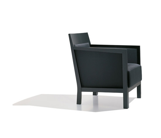 Yume BU 0463 by Andreu World | Lounge chairs