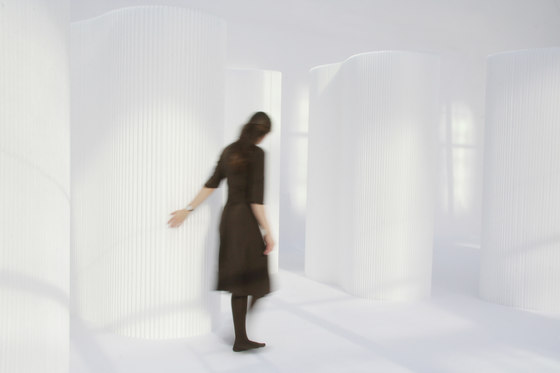 softwall | white textile by molo | Space dividers