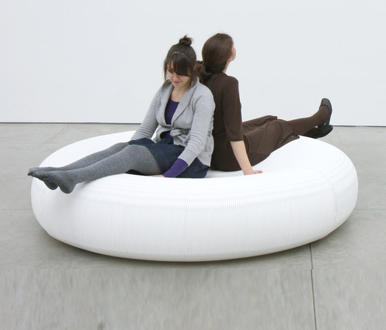 softseating | white textile lounger by molo | Seating islands