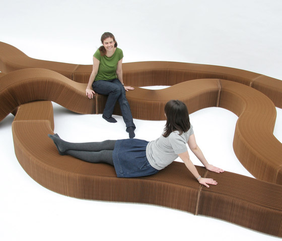 softseating | natural brown paper serpentine bench von molo | Wartebänke