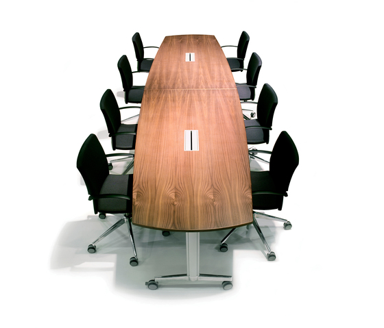 Moveo conference table by HOWE | Conference tables
