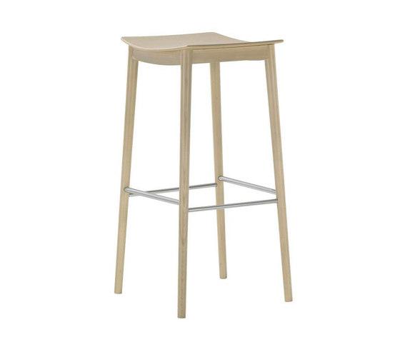 Smile BQ 0329 by Andreu World   Bar stools