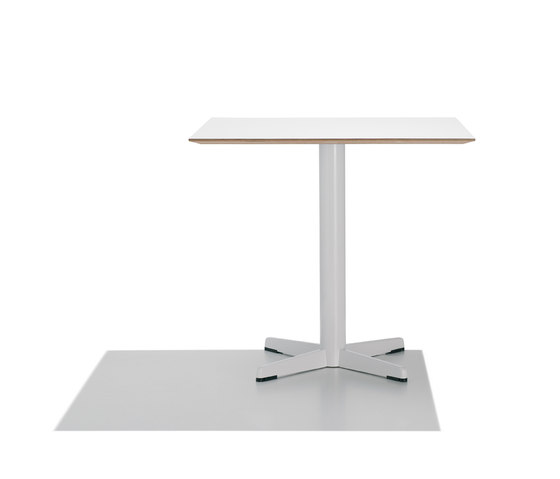 Cross BM 3388/3389 by Andreu World | Cafeteria tables