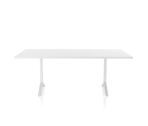 Funk Table by Lammhults | Cafeteria tables