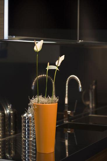 Nano Cono alto by Vondom | Flowerpots / Planters