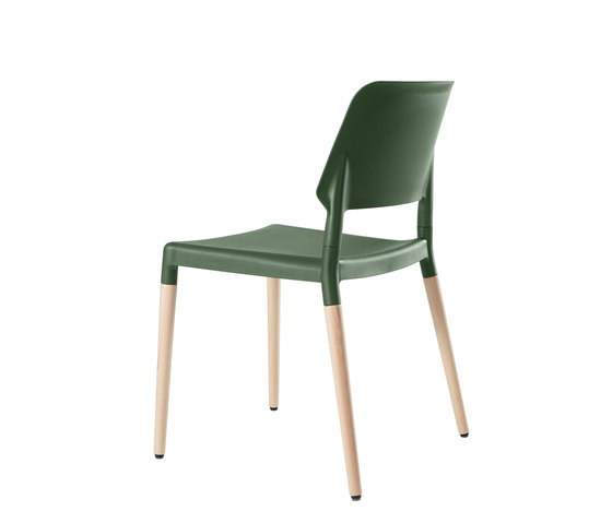 Belloch chair by Santa & Cole | Multipurpose chairs
