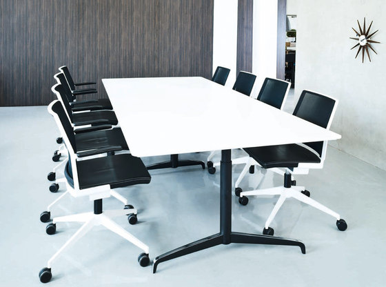 Genese Conference table de Holmris Office | Tables de conférence