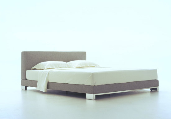 Anna bed by Ligne Roset | Double beds