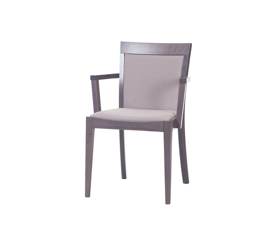 Udine chair upholstered by TON | Restaurant chairs