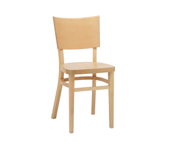 Trenta chair by TON | Restaurant chairs