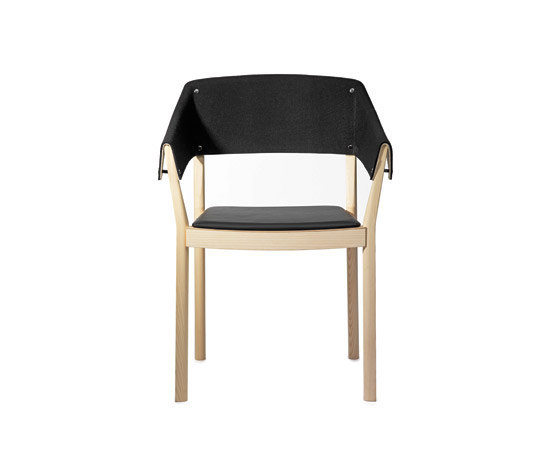 Button chair de Gärsnäs | Sillas de visita