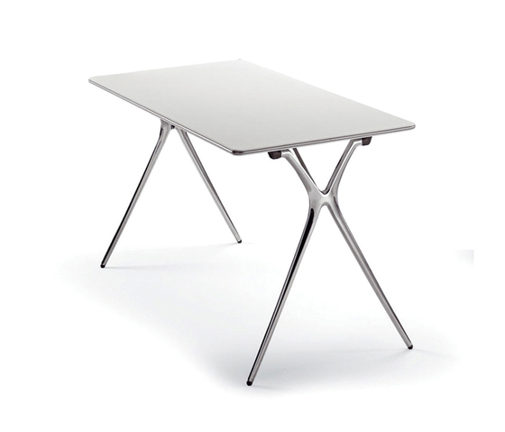 Plek table by actiu | Multipurpose tables
