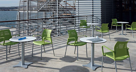 Canteen tables by actiu | Cafeteria tables