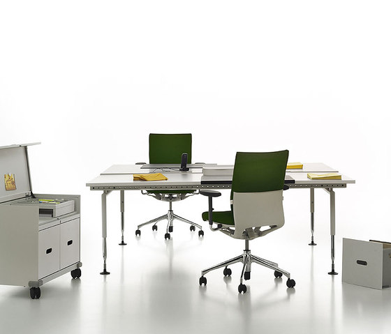 Ad Hoc Office by Vitra | Desking systems