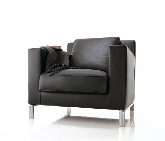 Lido Armchair by Molteni & C | Lounge chairs