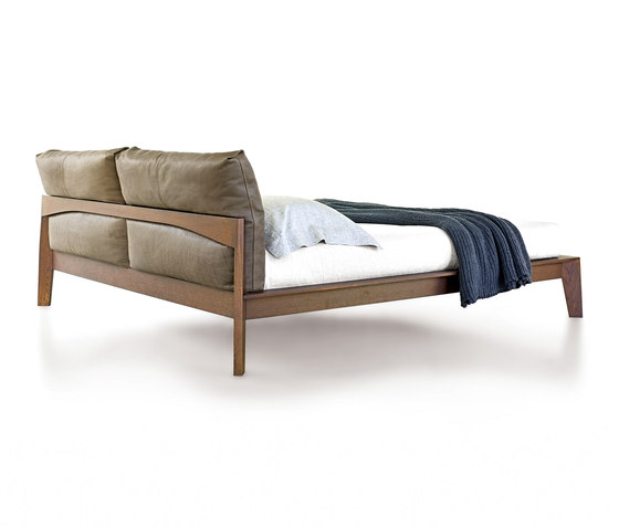 Wish beds from molteni c architonic - Letto wish molteni ...
